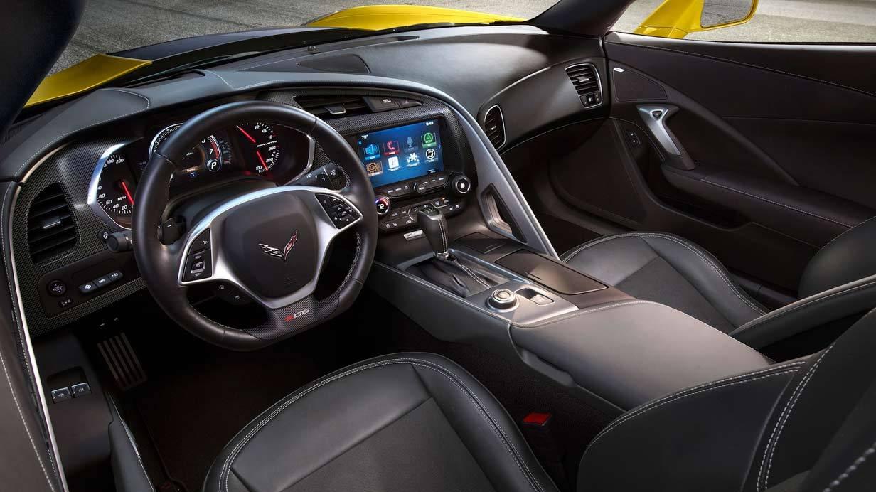 _Corvette-C7-Z06-innen