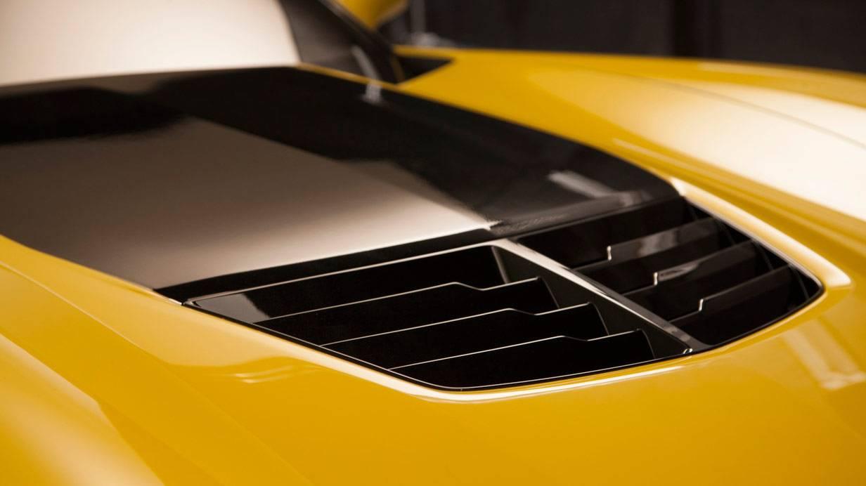 _Corvette-C7-Z06-motorhaube