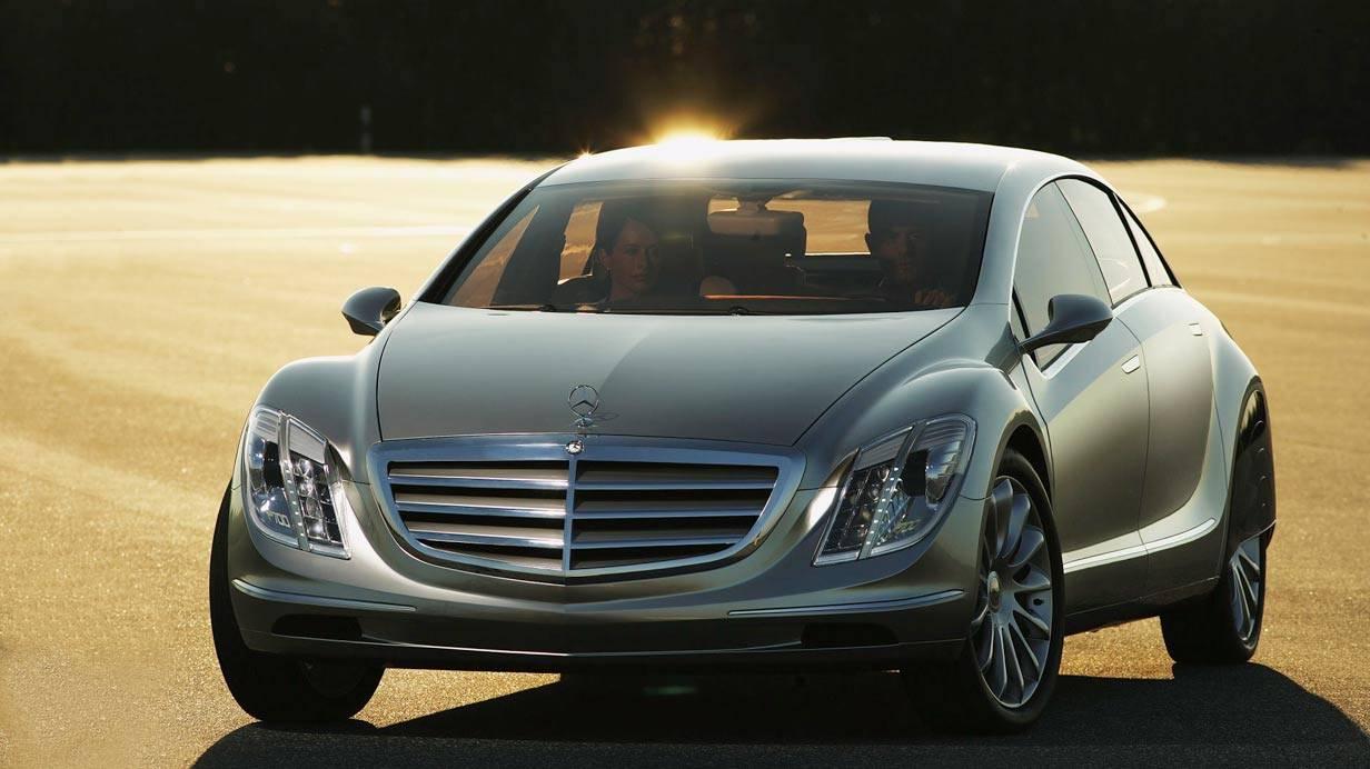 _Erprobungsfahrzeug-Mercedes-F-700-mit-Diesotto-Motor-(1)