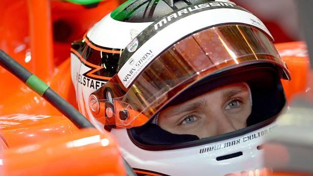 Max Chilton sitzt im Formel-1-Rennauto von Marussia
