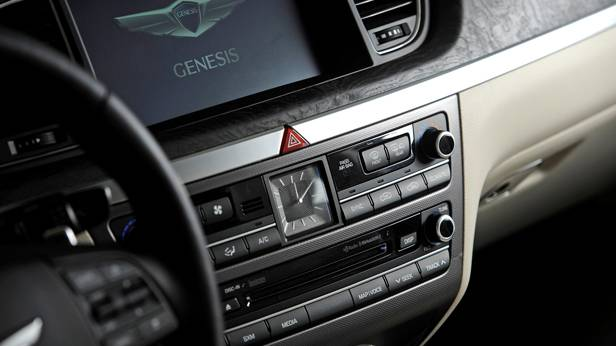 Hyundai Genesis 2014 Detail