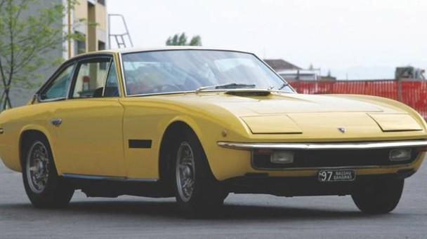 _Lamborghini-Islero-gelb-vorne
