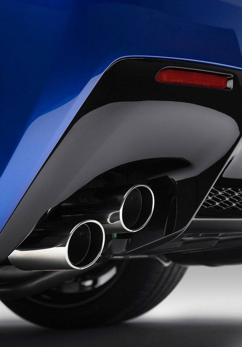 _Lexus-RC-F-auspuff