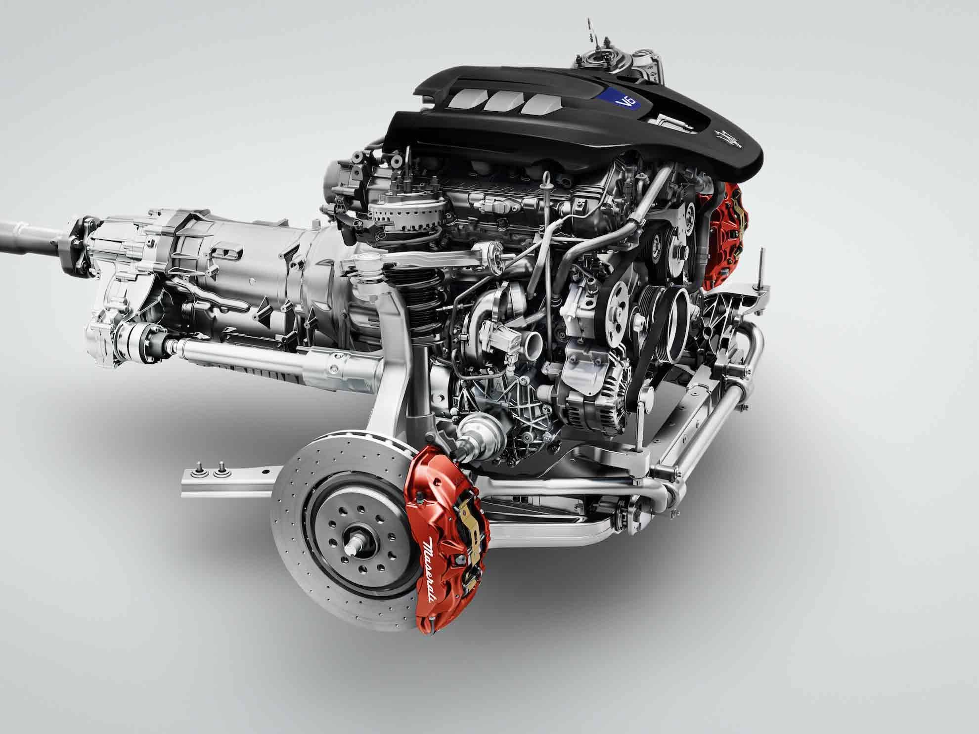 _Maserati-Quattroporte-S-Q4-motor
