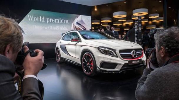 Der Mercedes-Benz GLA 45 AMG