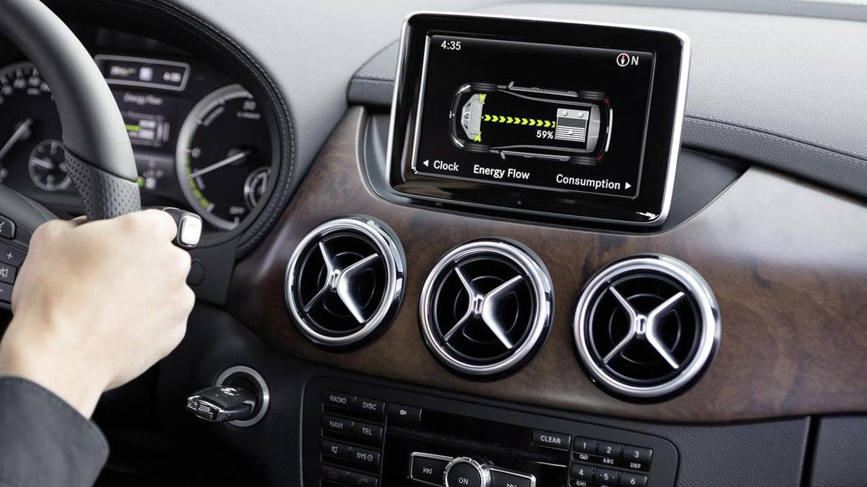 _Mercedes_B-Klasse_Electric_Drive_innen