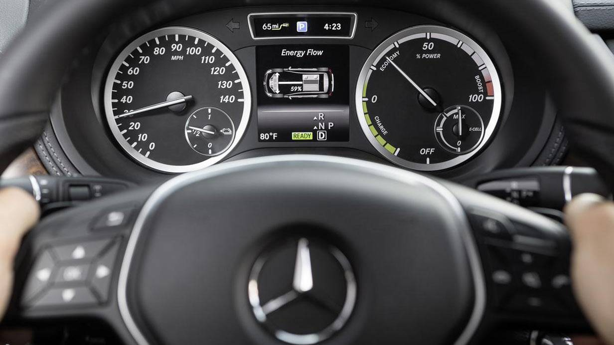 _Mercedes_B-Klasse_Electric_Drive_innen2
