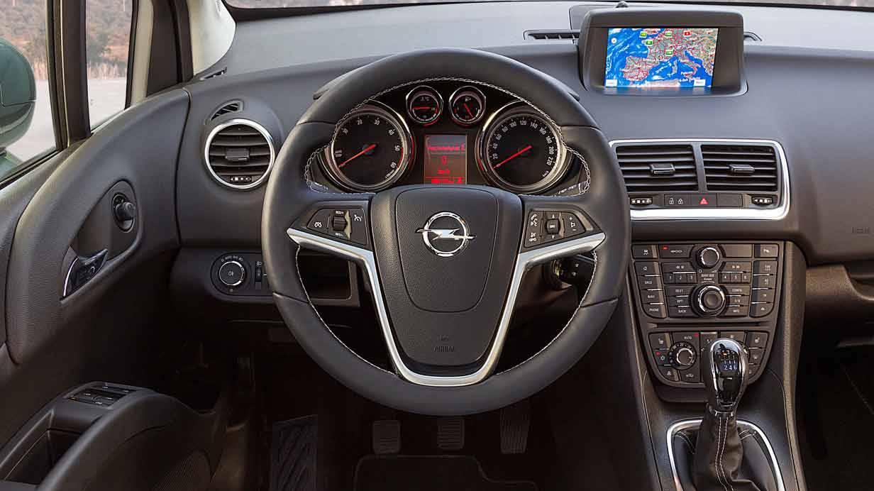 _Opel-Meriva-1.6-CDTI-innen