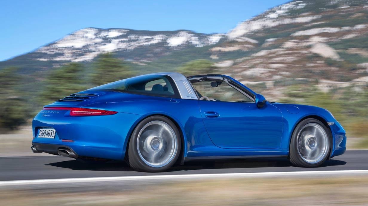 _Porsche-911-Targa-blau-seite2