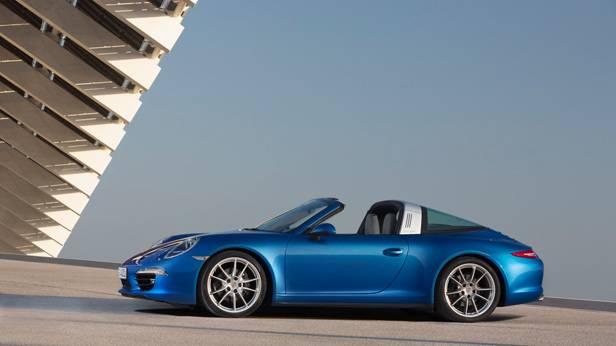 _Porsche-911-Targa-blau-seite3