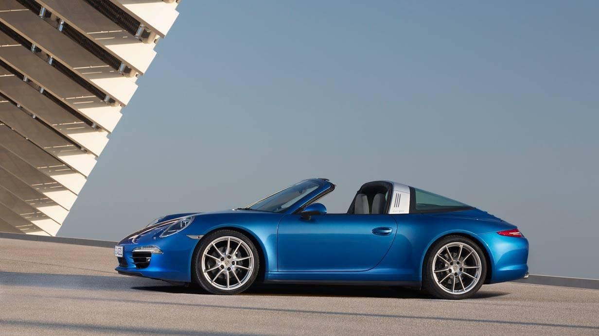 _Porsche-911-Targa-blau-seitlich
