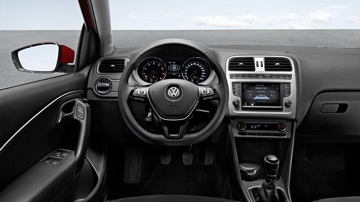 _VW_Polo-2014-innen2