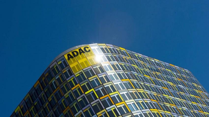 """Wahlmanipulation beim ADAC: Autobauer geben 40 """"Gelbe Engel"""" zurück"""