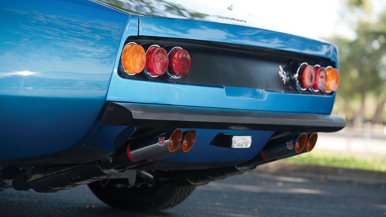 ferrari 365 gtc/4 blau heck hinten rückleuchten auspuff