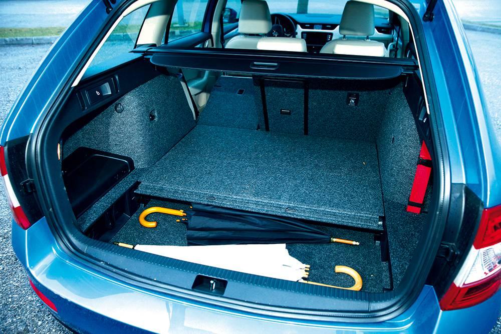 Skoda Octavia 4x4 2,0 TDI Elegance kofferraum heckklappe