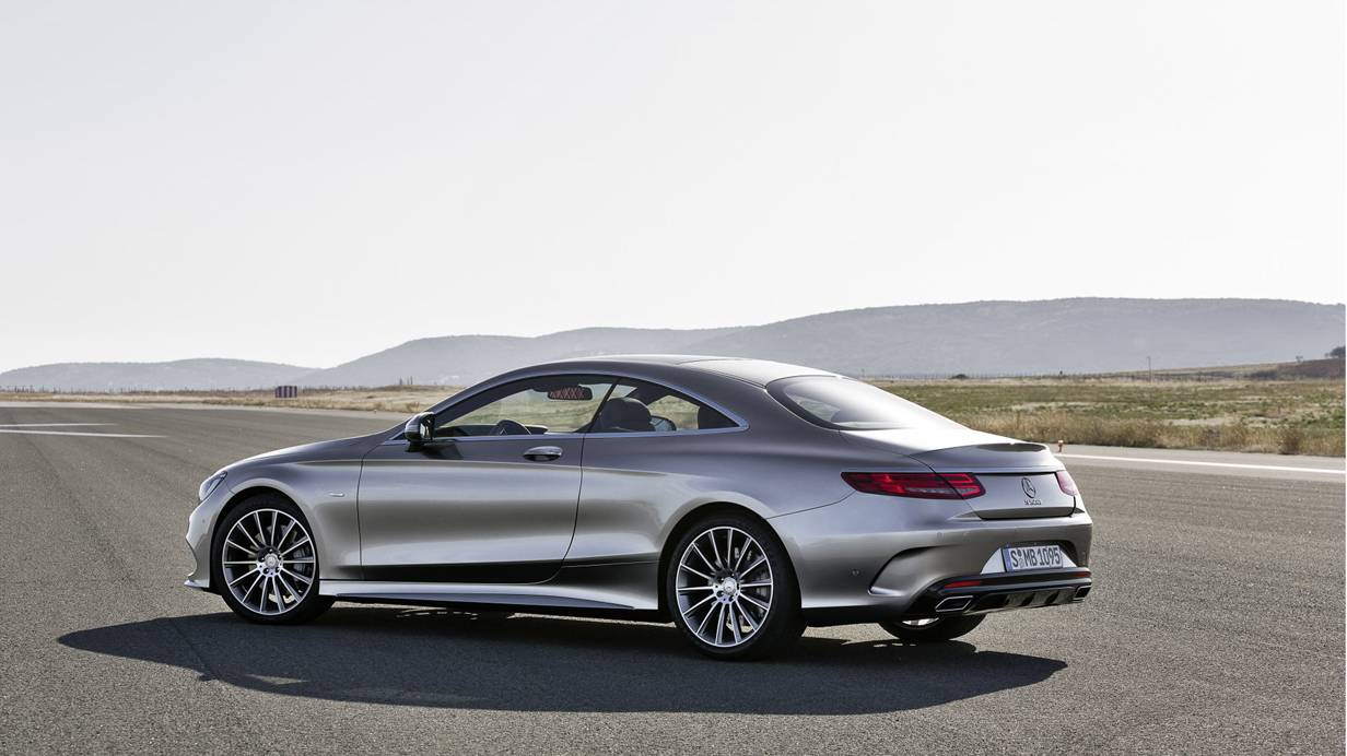Mercedes Benz s-klasse coupe 2014 silber seite hinten heck heckleuchten