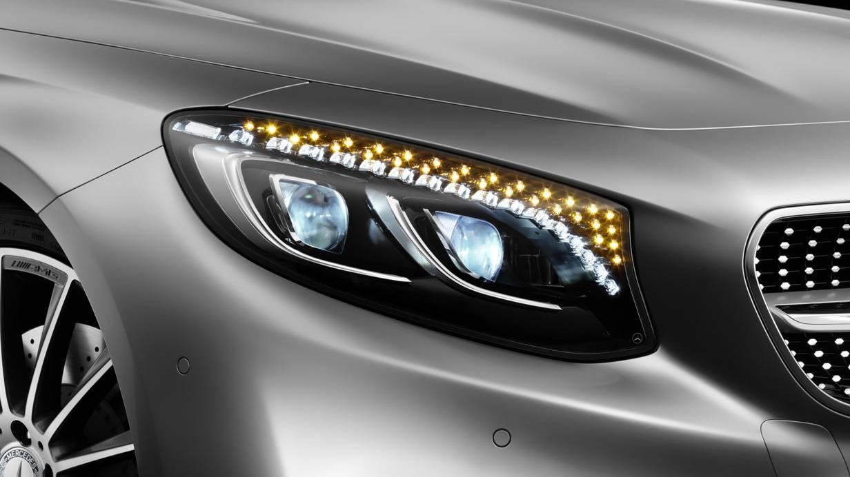 Mercedes Benz s-klasse coupe 2014 scheinwerfer