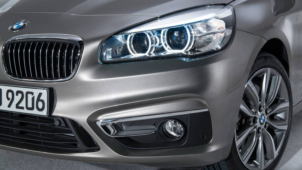 _BMW-Active-Tourer-front-detail