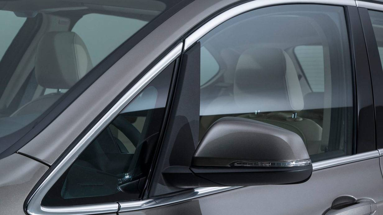 _BMW-Active-Tourer-seitenspiegel