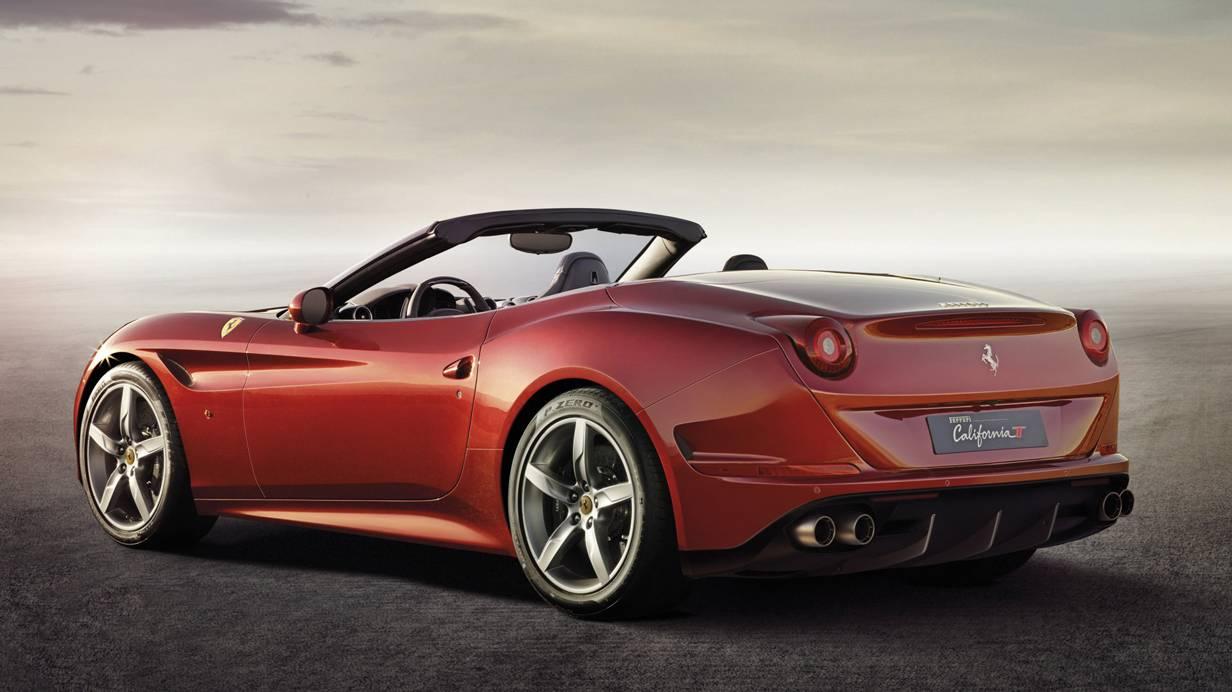 Ferrari California T 2014 rot offen hinten heck seite