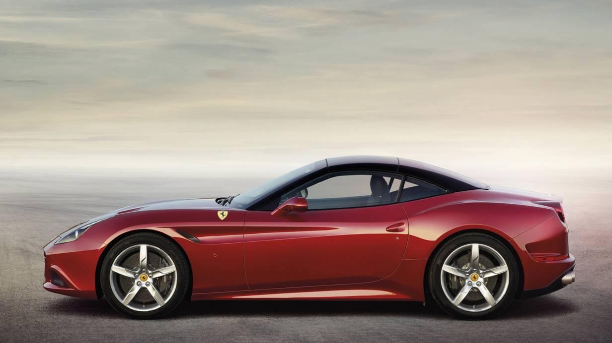 Ferrari California T 2014 seite seitlich felgen räder rot