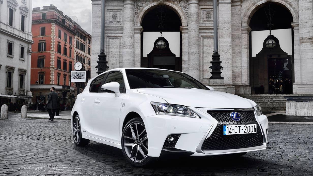 _Lexus-CT-200h-front2