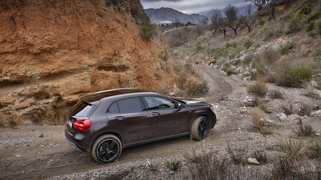 _Mercedes GLA 220 CDI 4matic (2)