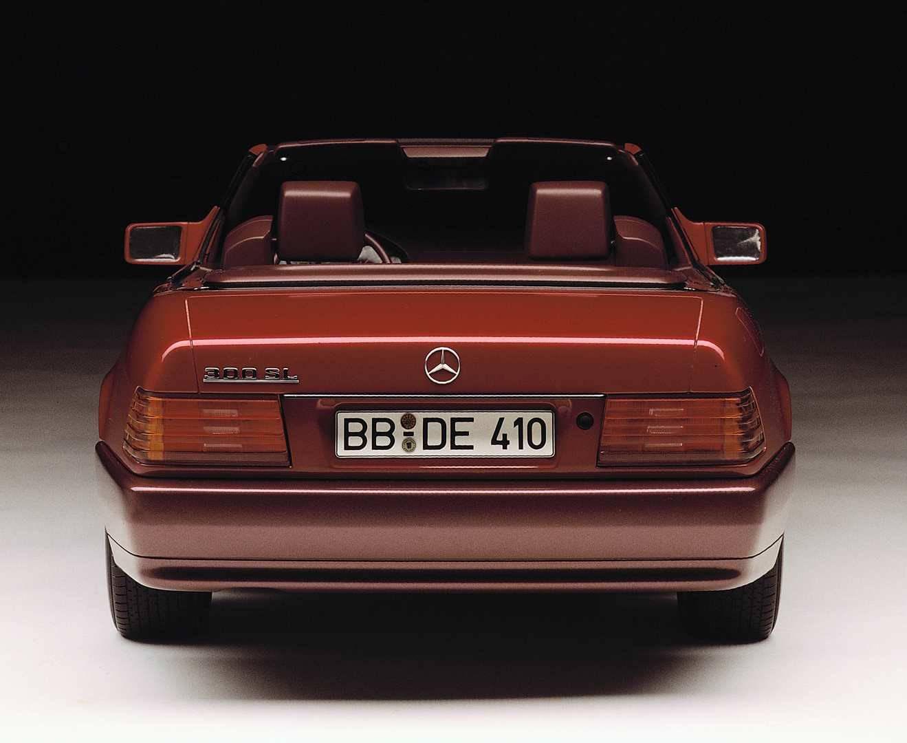 _Mercedes-SL-R129-heck2