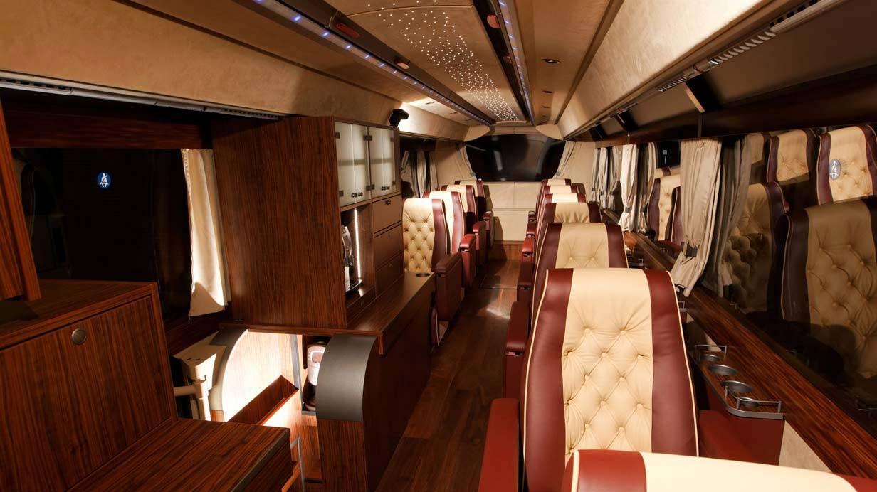 _Neoplan-Starliner-innen10