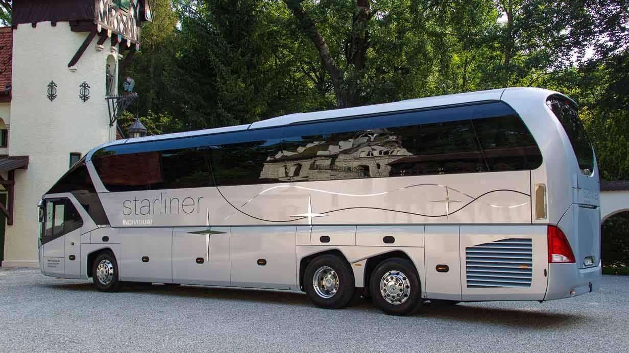_Neoplan-Starliner-seitlich