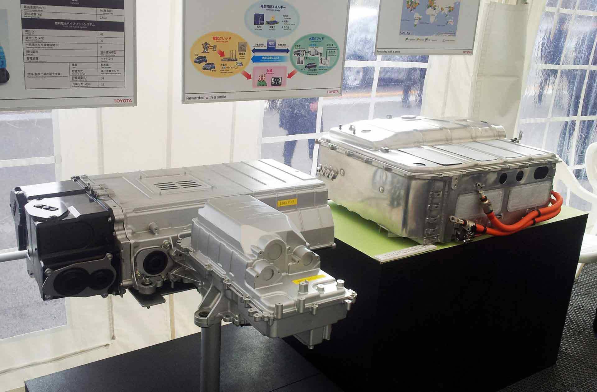 _Toyota-Brennstoffzelle-ausstellung