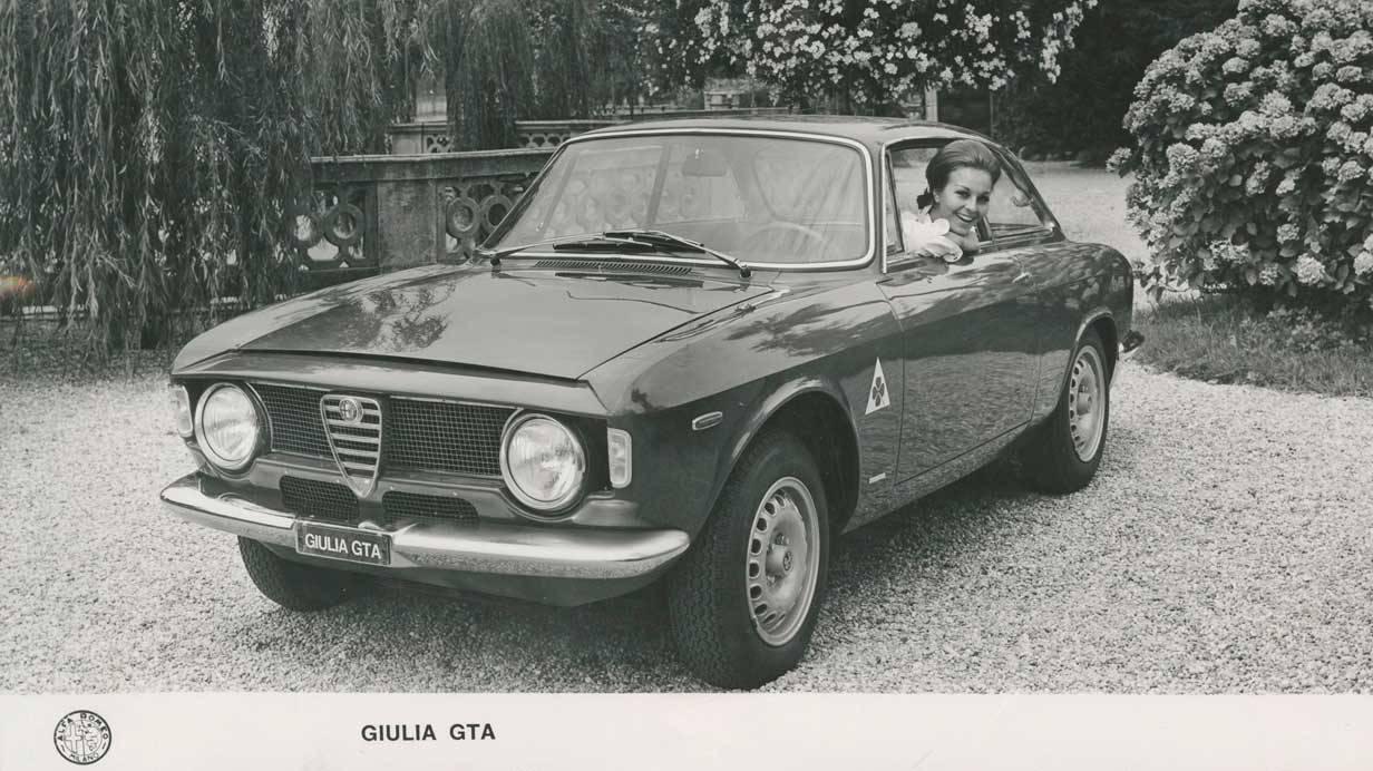 _Alfa-Romeo-Giulia-GTA-vorne