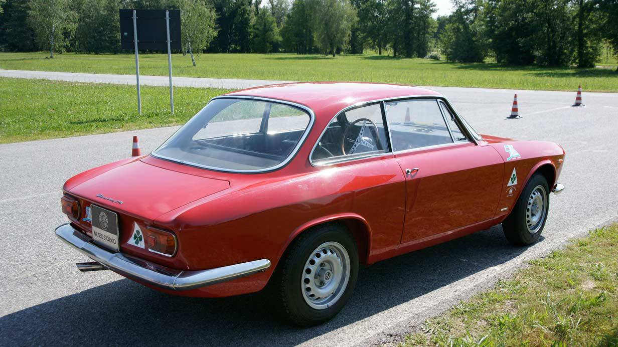 _Alfa-Romeo-Giulia-Sprint-GTA-seite