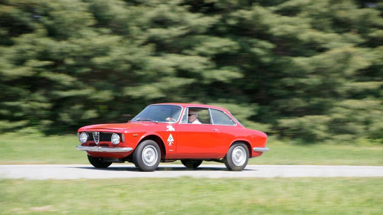 _Alfa-Romeo-Giulia-Sprint-GTA-seite2