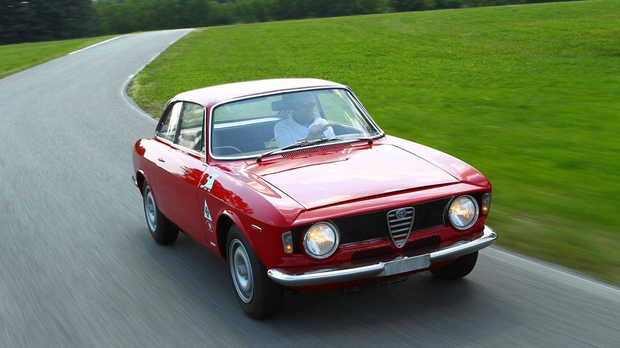 _Alfa-Romeo-Giulia-Sprint-GTA-vorne2