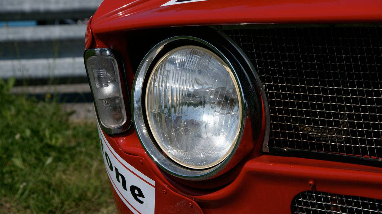 _Alfa-Romeo-GTA-1300-Junior-scheinwerfer