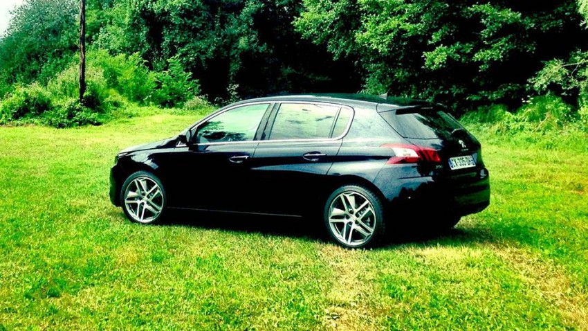 peugeot 308 car of the year