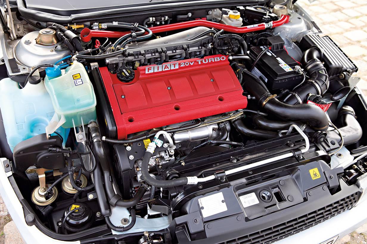 coupe fiat turbo 20v motor motorraum