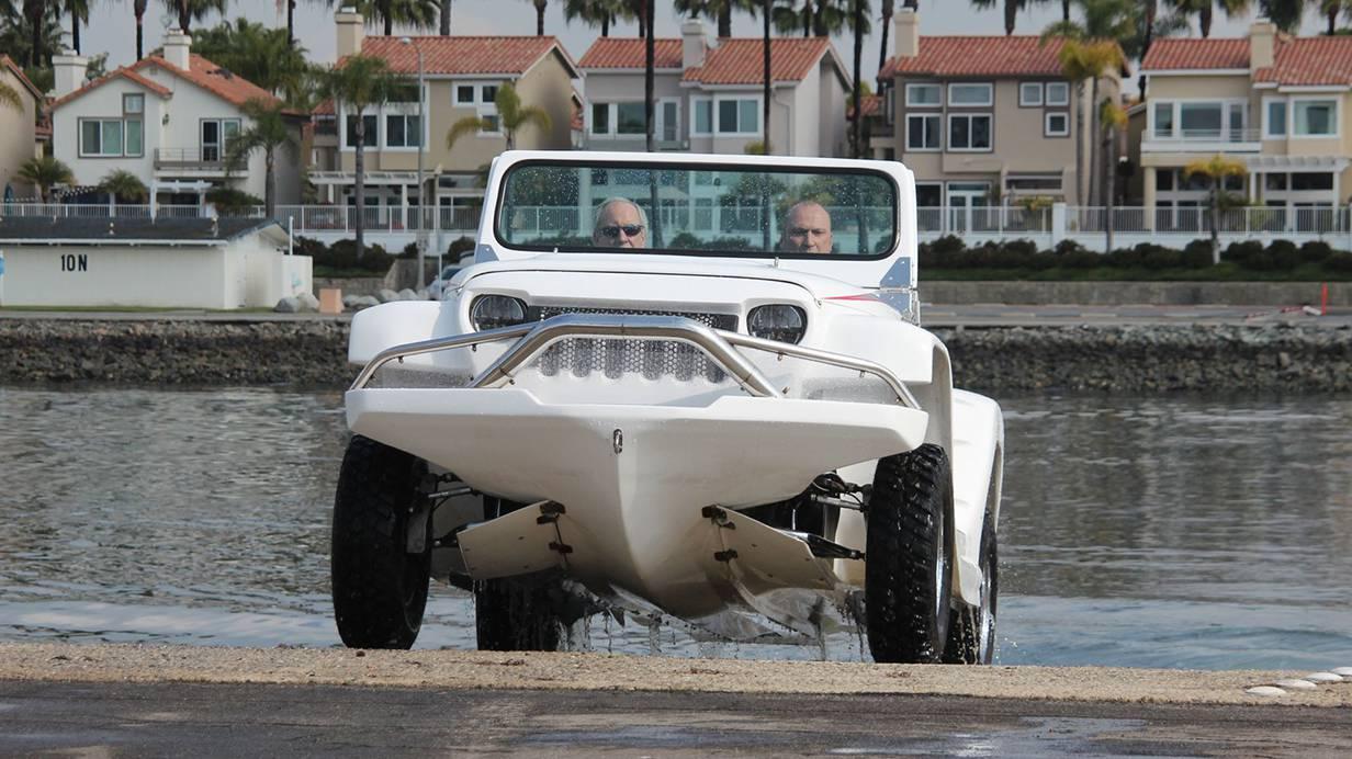 _autorevue-motorblog-Panther-Watercar-1