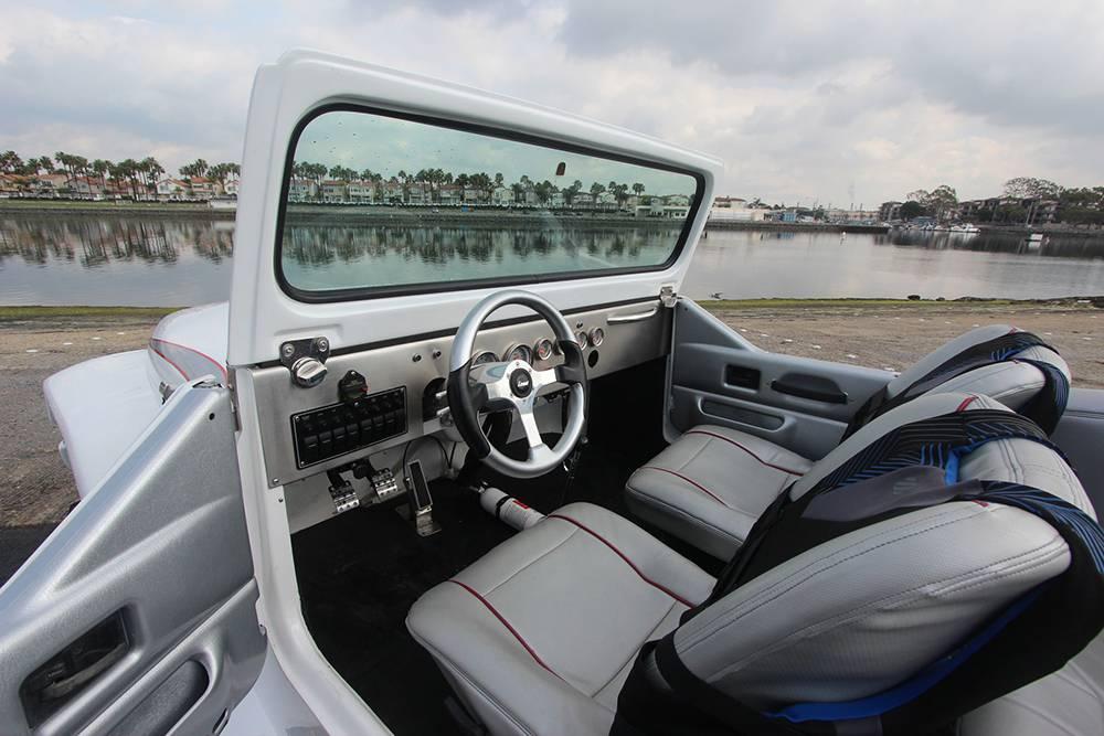 _autorevue-motorblog-Panther-Watercar-4