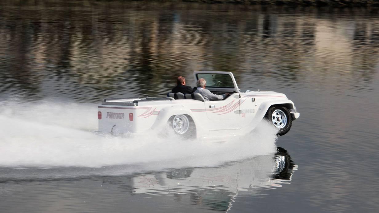 _autorevue-motorblog-Panther-Watercar-6