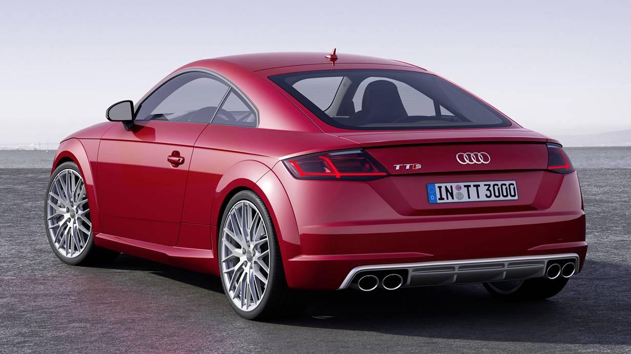 Audi TT 2014 rot hinten heck auspuff felgen rücklichter