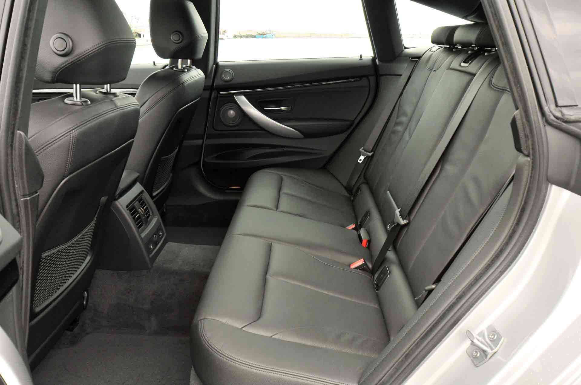 _BMW-318d-GT-ruckbank