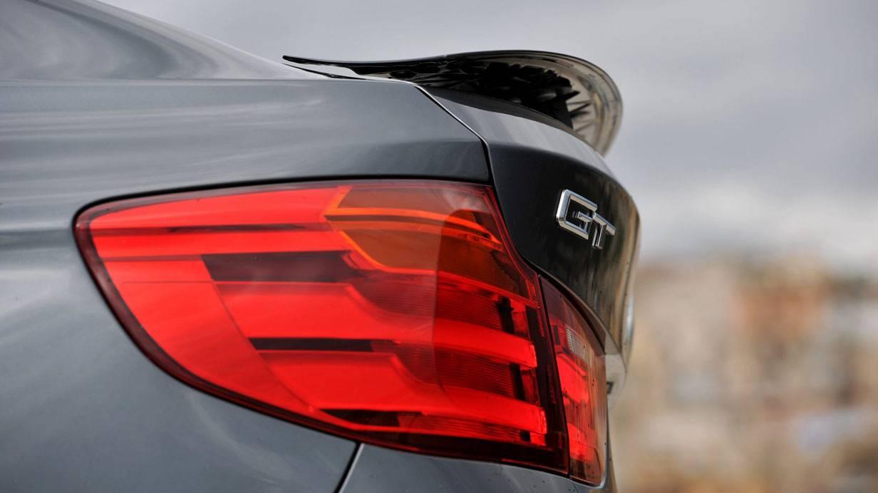 _BMW-318d-GT-rucklichter