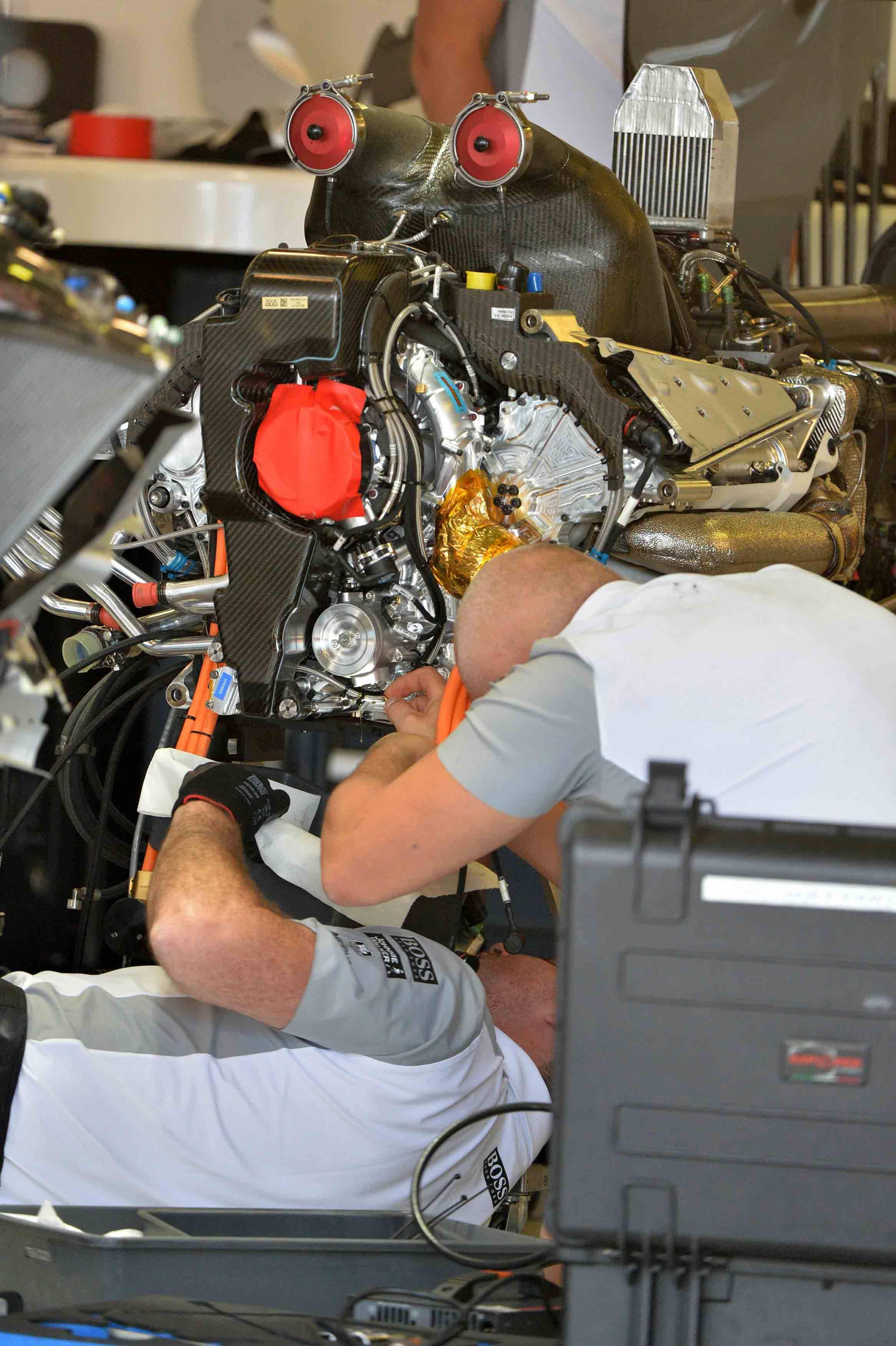 McLaren Mercedes Motor