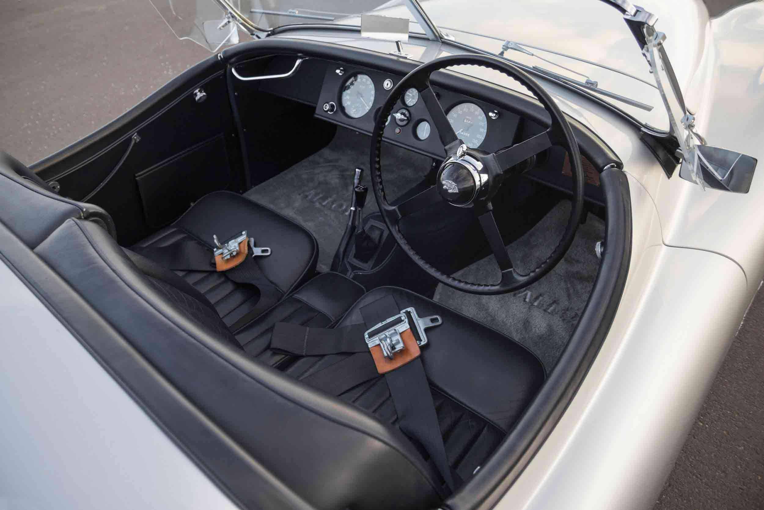 _Jaguar-XK120-Alu,-1949-innen