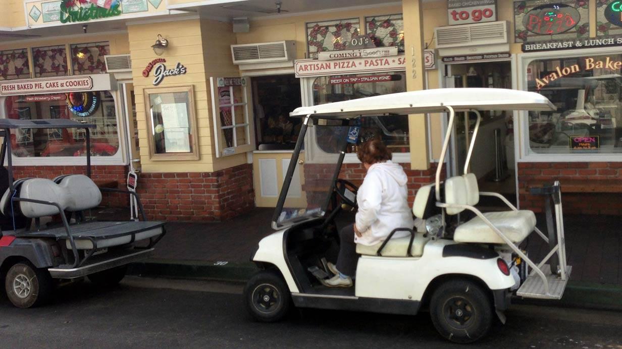 _Kleinwagen-auf-Santa-Catalina-Island-(6)