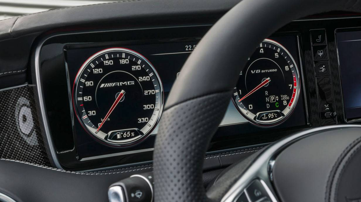 _Mercedes-S-63-AMG-Coupé-cockpit