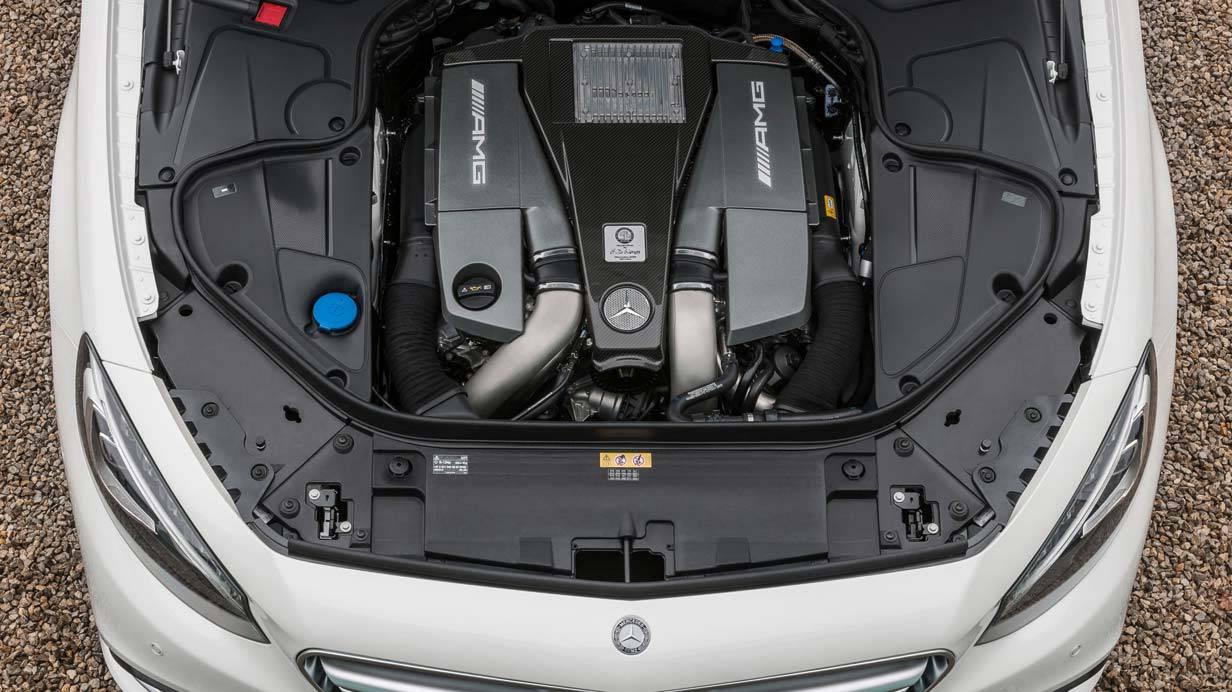 _Mercedes-S-63-AMG-Coupé-motor