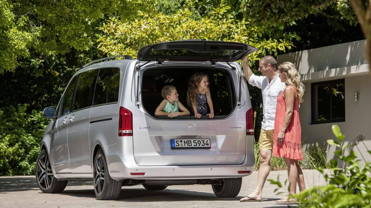 _Mercedes-V-250-Bluetec-heck-offen